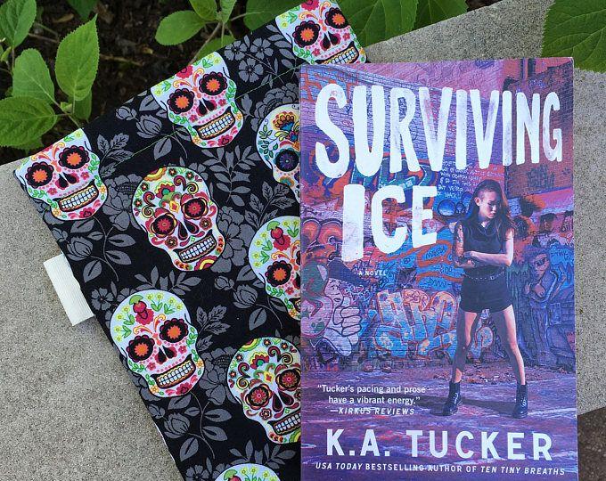 Sugar Skulls Word Wrap Medium -book sleeve, book protector