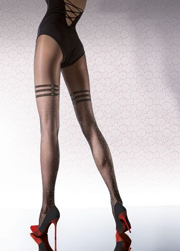 Tights med glitter effekt. Oppsiktsvekkende tights som blir lagt merke til. Bomulls kile, flate sømmer og forsterket tå.  56% Polyamide, 16% Elastane, 28% Metallic yarn.