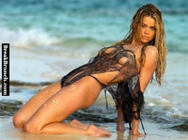 Denise richards nude butt gif