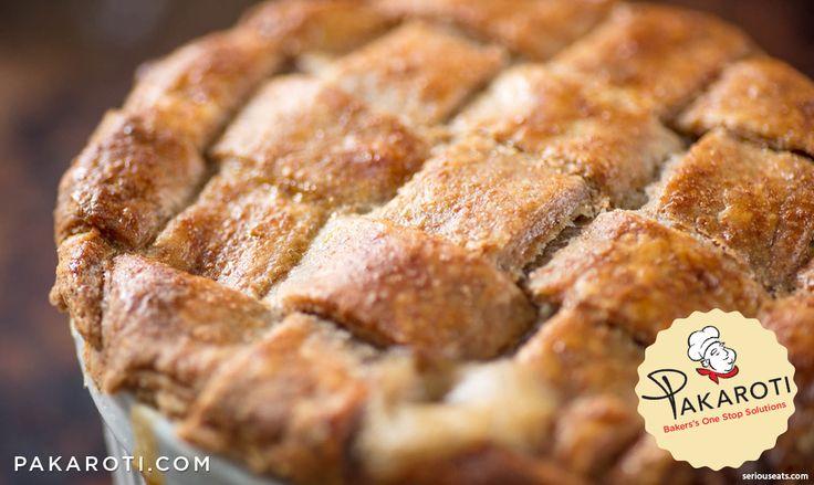 Tekstur yang empuk dan agak berpasir, dengan aroma harum khas gandum membuat kulit pie ini sangat pas jika diaplikasikan bersama filling bernuansa savoury seperti chicken pot pie. #Bakerspedia