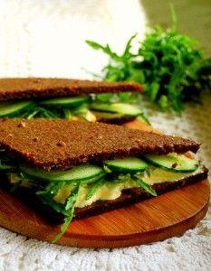 Сэндвичи и тосты для пикника