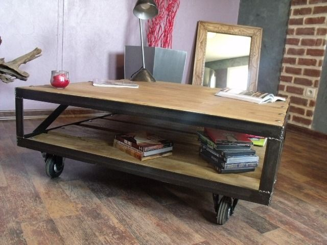 Top 25 ideas about table basse industrielle on pinterest for Table basse roulette industrielle