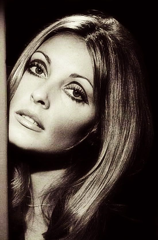 sharon tate ... love the eye makeup of the 60's.