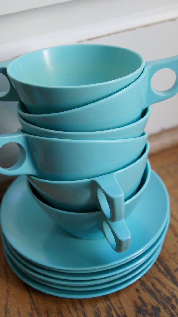 17 best images about vintage melmac dishes on pinterest for Cuisine turquoise