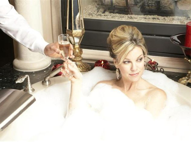 Relaxation, a nice bathtub in which to soak, and total relaxation without a care in the world...yup, that's mine, too.