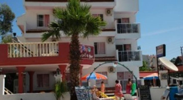 Kaan Apart Marmaris This Marmaris hotel is only 500 metres from the sandy beach, and 400 metres from shops and restaurants of the city. It has an L-shaped pool and rooms with a private kitchenette.  All rooms include a balcony with pool or garden views at Kaan Apart.