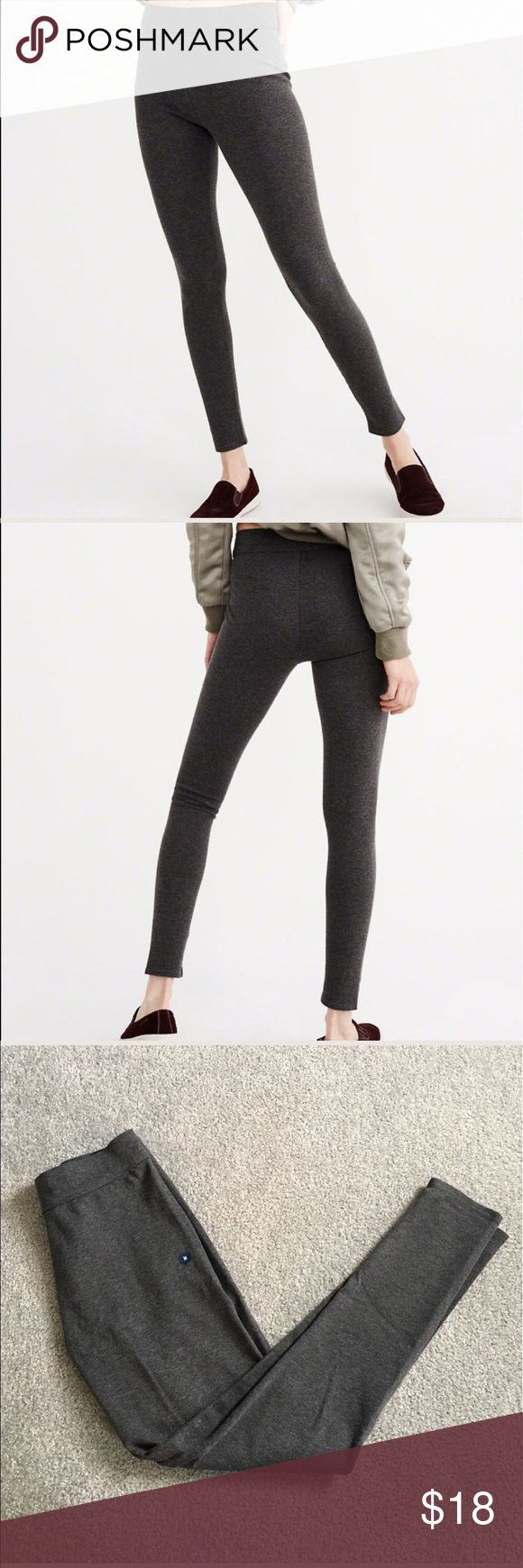 """Abercrombie and Fitch Leggings Brand new without tags, but still has """"M"""" sticker on it.  Pointe Knit. Abercrombie & Fitch Pants Leggings"""