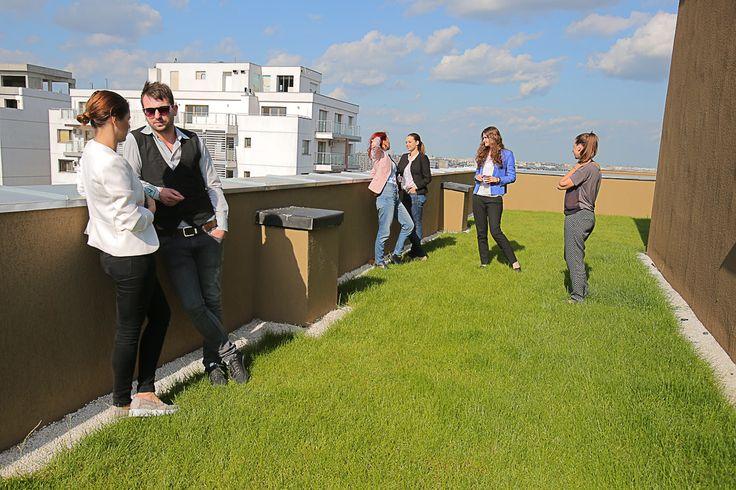 Relax with your friends on terace! The advantage of living at Vitan Residence 2! http://rpfdevelopment.com/avantajul-de-a-locui-intr-un-bloc-cu-o-terasa-amenajata/
