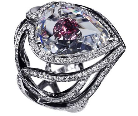 Trending This pink diamond engagement ring was gifted by David Beckham to his wife Victoria Beckham Expensive Engagement RingsDiamond