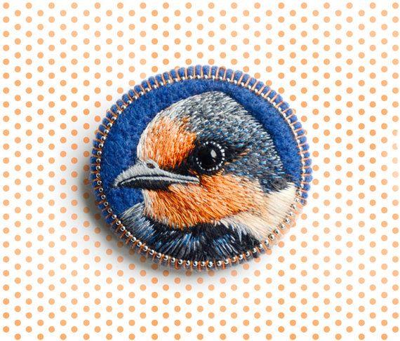 bird . brooch . handmade . felt . needle felted . hand by cOnieco