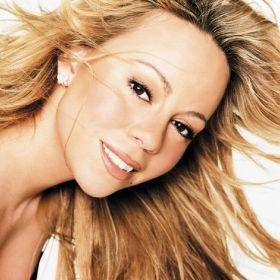 MARIAH CAREY  Mariah Carey es una cantante, compositora, productora musical y filántropa estadounidense.