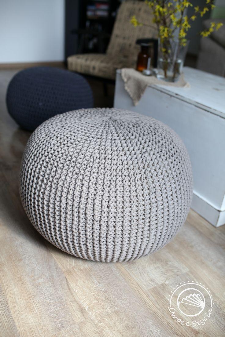 Pufa robiona na drutach | Knitted pouf