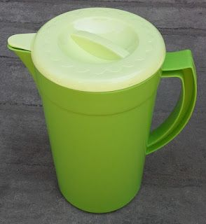 Selatan Jaya distributor barang plastik Surabaya: Teko air besar plastik atau ESkan tutup cucut KAB ...