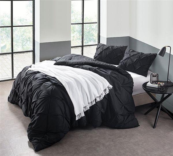 Oversized Queen Comforter For Queen Size Bed Comforter Queen Comforter Set Black Comforter Sets Black Bedding Bed Comforters