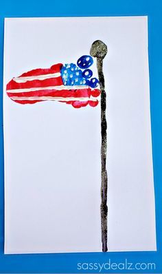 Footprint American Flag Art Project for Kids - 4th of July Craft #Memorialday