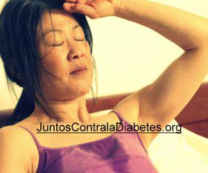 Una de las complicaciones más frecuentes es la sudoración excesiva en la diabetes, lo que hace que la vida del paciente aún más incómodo. Este problema impide a una persona en todo: le es difícil comunicarse, realizar trabajo físico o incluso simplemente sentarse en un banco en el verano.  La s... - http://juntoscontraladiabetes.org/curar-diabetes-tipo-2-y-sudoracion-excesiva-el-sudor-es-comun-en-los-diabeticos/