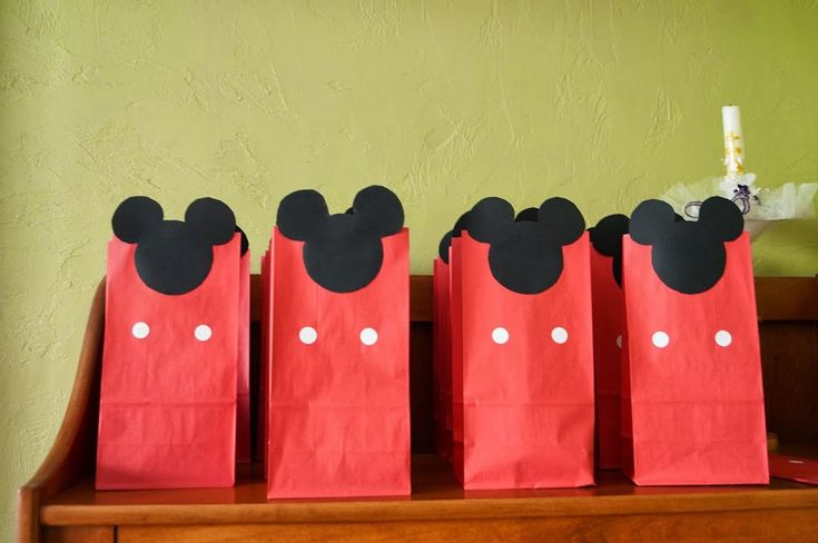 A Mickey Mouse Clubhouse Birthday! Part 1: Decorations - Old House to New Home