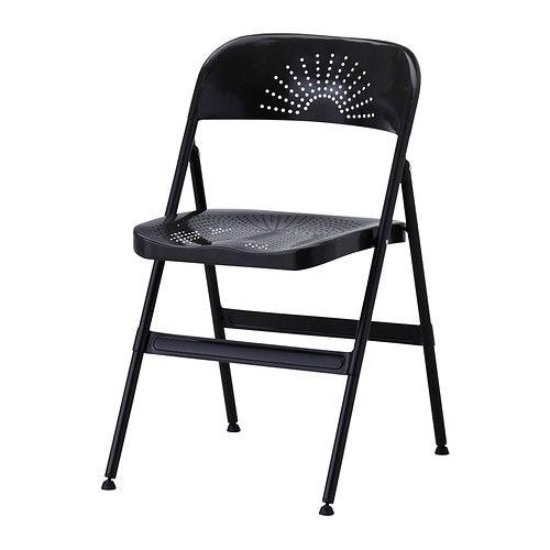 IKEA - FRODE, 折りたたみチェア, 使わないときはコンパクトにたためます体のラインに沿ってカーブした背もたれとシートが快適な座り心地を実現します