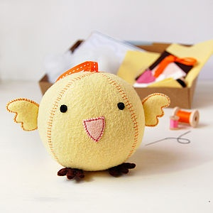 Make Your Own Chick Craft Kit - model & craft kits: Diy Kits, Crafts Ideas, Sewing Kits, Chick Crafts, Children Toys, Kits Sewing, Fatty Toys, Toys Kits, Chick Fatty