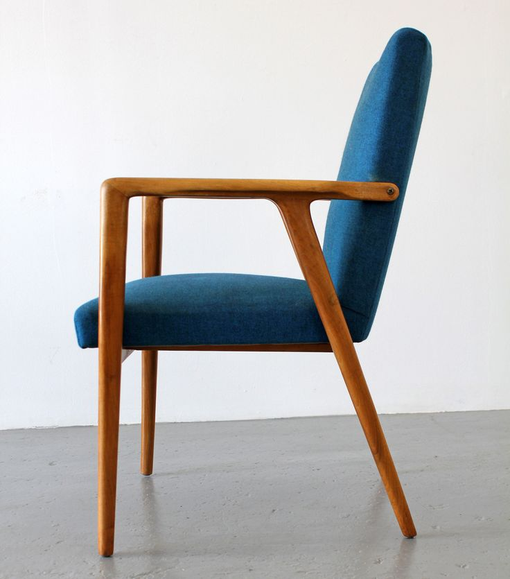 Six Arm Chair Blue ChairsTable