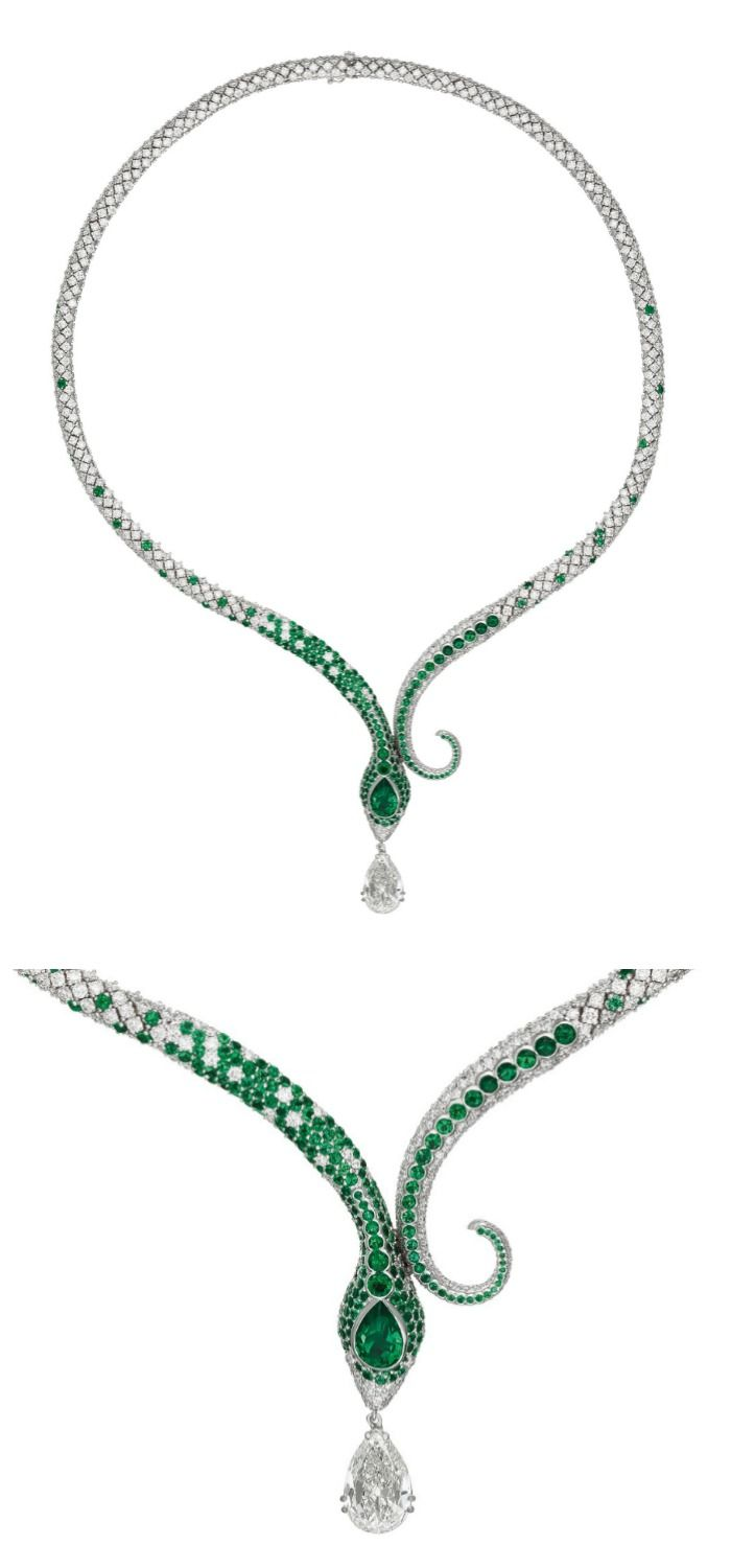 A glorious emerald and diamond snake necklace with a wonderful 1.96 carat Colombian emerald head and 3.02 carat diamond drop.   Do you love it?  Via Philips.