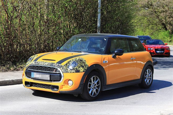 the most recent model will be powered by the 2.0-litre 4-cylinder engine...we can expect 170 kW/231 horsepower @ between 5 000...2018 MINI Cooper S price...  #2018MINICooperS