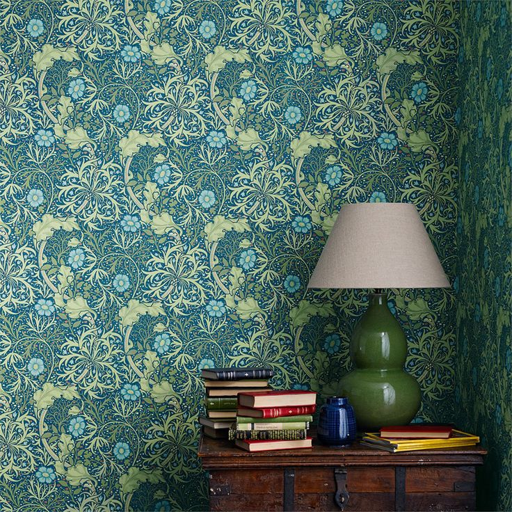 Morris Seaweed Cobalt/Thyme från William Morris & Co