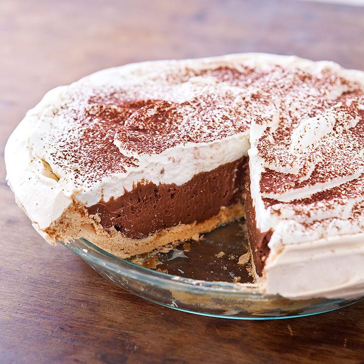 Looking for a special Valentine's Day dessert? With a crisp meringue crust, surprise your date with a slice of our light and airy Chocolate Angel Pie.