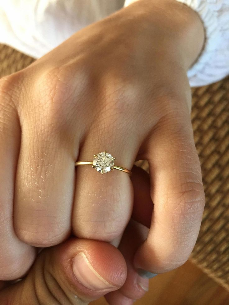20 Simple But Gorgeous Engagement Ring Ideas