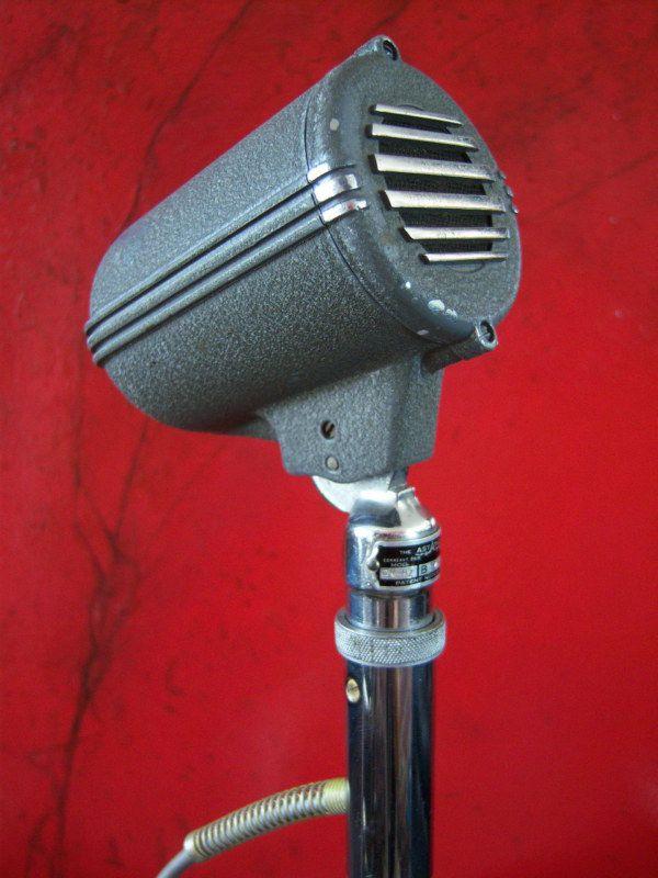 rare vintage 1940s astatic dn hz dynamic microphone crispy vintage microphones in 2019 musique. Black Bedroom Furniture Sets. Home Design Ideas