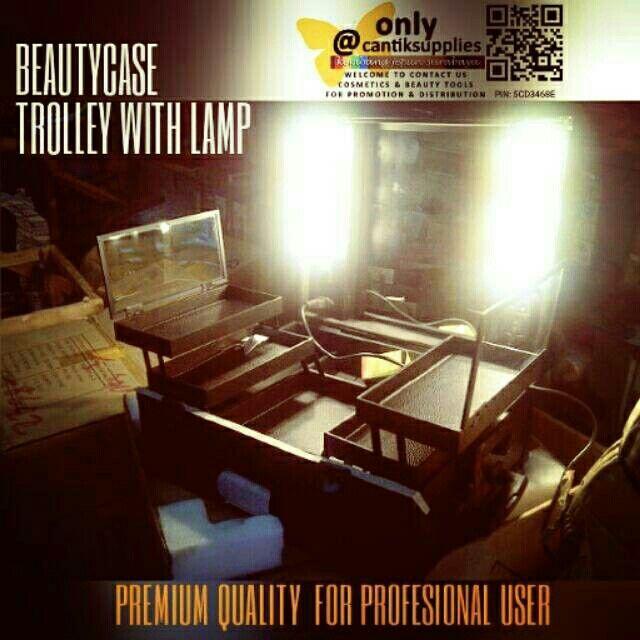 Beauty case trolley lampu