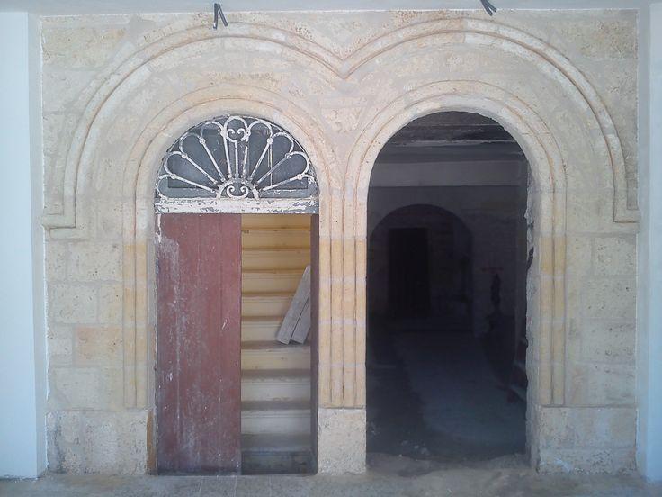 3 - Ricostruzione portale in tufo - fine lavori
