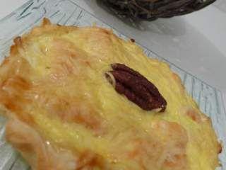 Mini quiche poireau, saumon, miel et noix de pécan