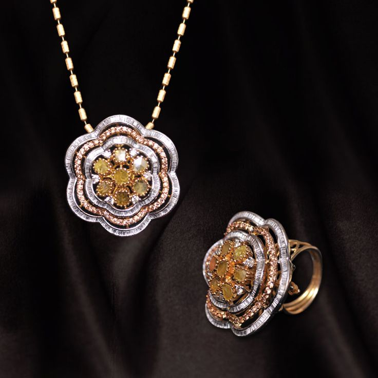 Convertible - Diamond Jewelry - Pendant - Ring     Call us NOW for Diamond Jewelry, Designer Jewelry, Bridal and Semi - Bridal Jewelry on 0124 4200 0518 or walk in our showroom in Gold Souk Mall,Gurgaon