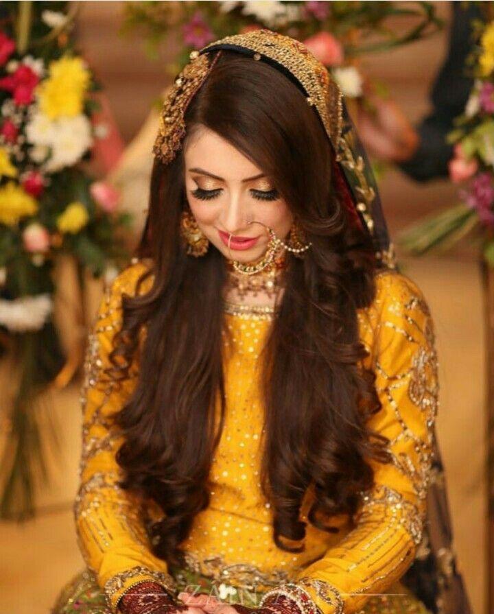 0f3dd26d3f Pakistani dresses in 2019 | Bridal mehndi dresses, Mehndi brides, Bridal  mehndi