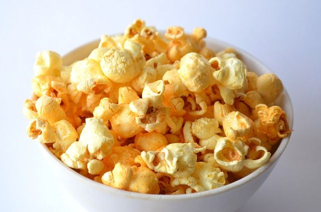 Here are 8 of the most unhealthy, cancer-causing foods that you should never eat again. 8 Cancer Causing Foods You Should Stop Eating Microwave Popcorn The lining of microwave popcorn bags causes immune system and liver damage. Perfluorooctanoic acid (PFOA), found in the lining of the bag, is linked to many health problems, according to …