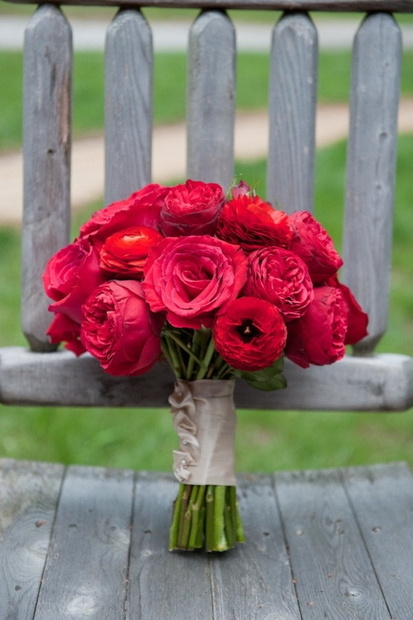 17 best images about red bouquets on pinterest bride bouquets garden roses and wedding bouquets - Red garden rose bouquet ...