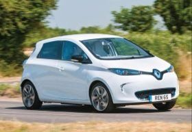 An all-electric Renault Zoe has visited all four corners of the United Kingdom, covering a total of 2,500 miles (4,200 km), to prove that EV 'range anxiety' need no longer be an issue thanks to a t...