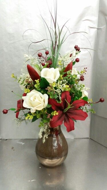 I really like this vase. Designed by Stephanie alva