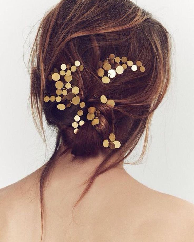 NYE hair, sorted. Click on the link in our bio to see 9 looks we'll be recreating for the countdown. // Photo: @Pinterest.