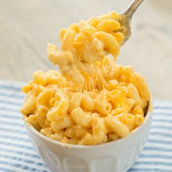 Slow Cooker Macaroni and Cheese Recipe | Brown Eyed Baker