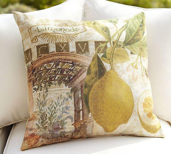 Outdoor Limonade Pillow ...gorgeous Mediterranean Style <3