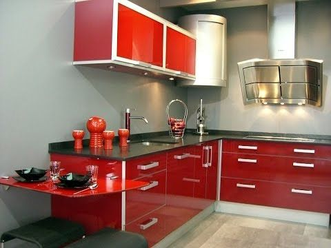 Cocina pequeña decorada en rojo ¡Un color con mucha pasión! http://ini.es/1MCXwiz #CocinaPequeña, #ComoDecorarUnaCocina, #DecorarEnRojo, #OptimizarLaCocina