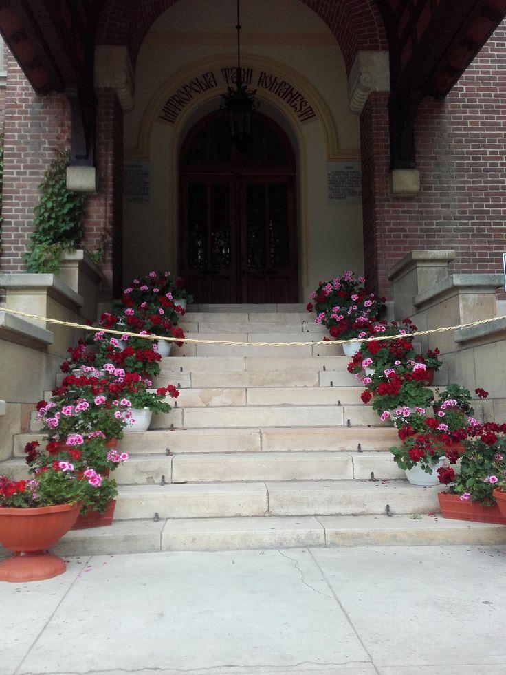 Come with me to: Curtea de Arges Monastery – Corina