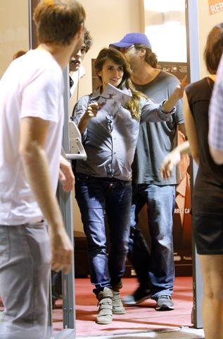 Penelope Cruz e Javier Bardem al teatro La Latina di Madrid
