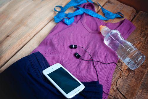 Μήπως ήρθε η ώρα να αντικαταστήσεις τα ρούχα που φοράς στην προπόνηση σου; - http://ipop.gr/themata/frontizw/mipos-irthe-ora-na-antikatastisis-ta-roucha-pou-foras-stin-proponisi-sou/
