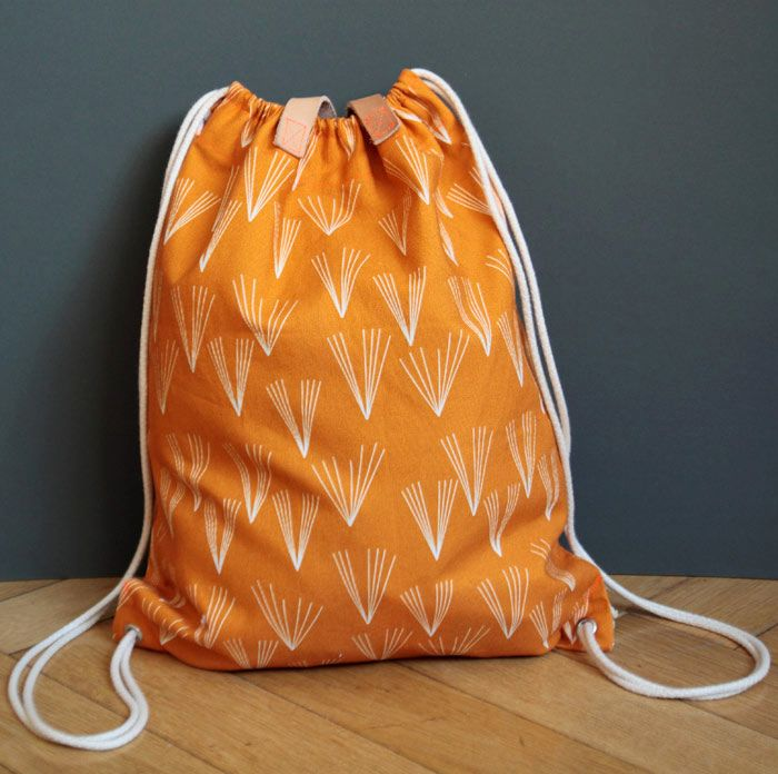 DIY Anleitung: Turnbeutel nähen // diy: sewing tutorial for a gym bag via DaWanda.com