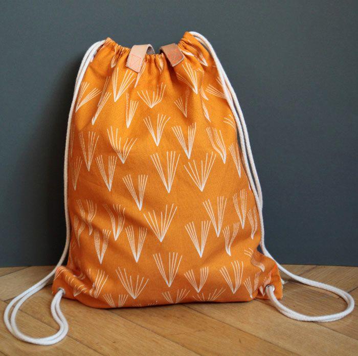 DIY Anleitung: Turnbeutel nähen // diy: sewing tutorial for a gym bag via DaWanda.com