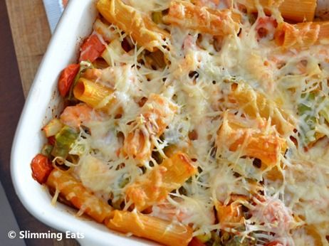 Salmon and Leek Pasta Bake | Slimming Eats - Slimming World Recipes