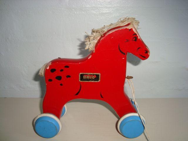 BRIO Swedish wooden toys/trækhest - 1963-70. #Brio #Swedish #toys. From www.TRENDYenser.com